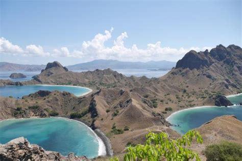 pulau padar picture  padar island labuan bajo
