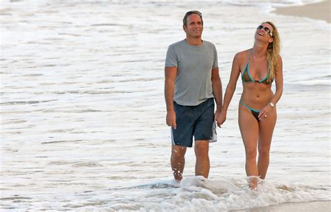 nicollette sheridan is married to michael bolton in nicollette sheridan and michael bolton