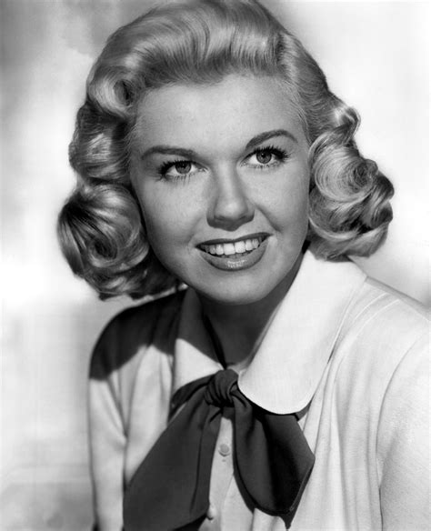 actress doris day doris day on returning to the film industry tcm interview