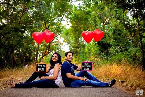 Pre Wedding Photography: 24 Awesome and Romantic Ideas