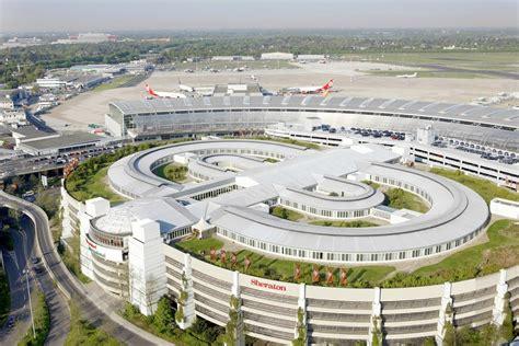 flughafen dã sseldorf d 252 sseldorf airport reviews flights nation