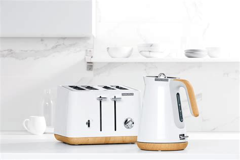 gold appliances 100 gold appliances contempo 2 slice stainless