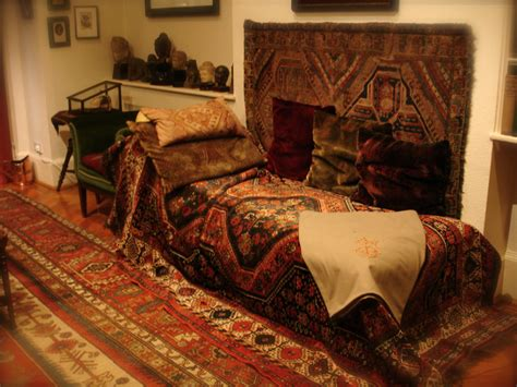 freud sofa 7 unique museums you really shouldn t miss in london