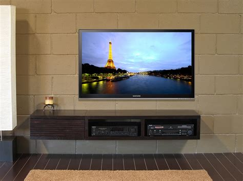 Tv On by How To Mount A Big Screen Tv On The Wall Housely