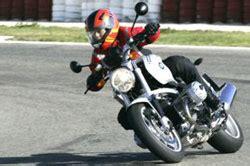 Bmw Motorrad Escuela De Manejo by La Escuela De Conducci 243 N Bmw Motorrad Espa 241 A El 20 De