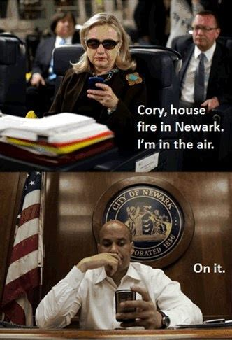 Hillary Clinton Texting Meme - 119 best funny political pictures images on pinterest
