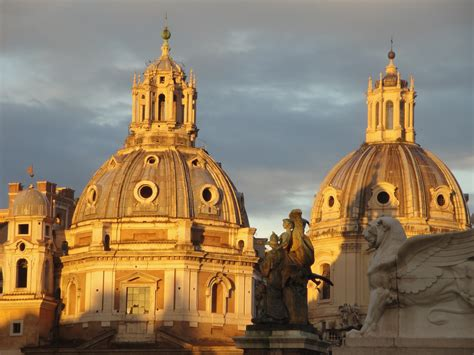 cupole roma ed ombre sulle cupole viaggi vacanze e turismo