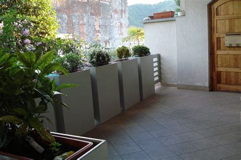 vasi per terrazzo come scegliere i vasi da terrazzo scelta dei vasi i