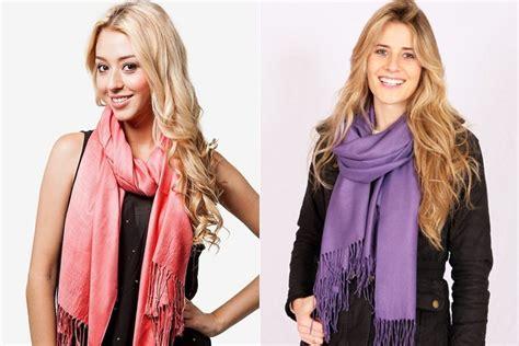 how to wear a pashmina scarf like pro