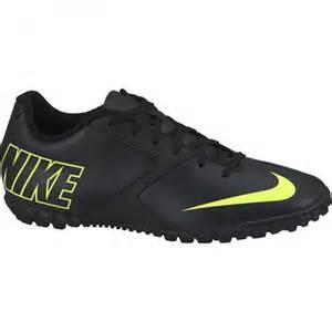 chaussures soccer atelierdecharlotte fr