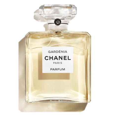 Review Of Chanels Gardenia Perfume by Les Exclusifs De Chanel Gard 201 Nia Grand Extrait Fragrance