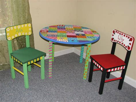 childrens painted table and chairs 22 best images about painted children s tables on