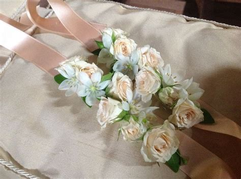 bracciali di fiori bracciali di fiori per le damigelle umbria wedding