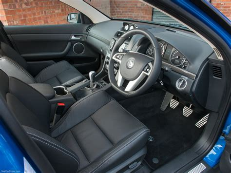 vauxhall vxr8 interior vauxhall vxr8 tourer picture 14 of 20 interior my 2013