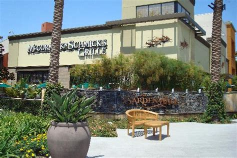 Anaheim Garden Walk Restaurants by Bubba Gump Shrimp Restaurant Picture Of The Shops At