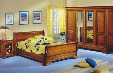 lit merisier louis philippe lit louis philippe merisier massif meubles hummel