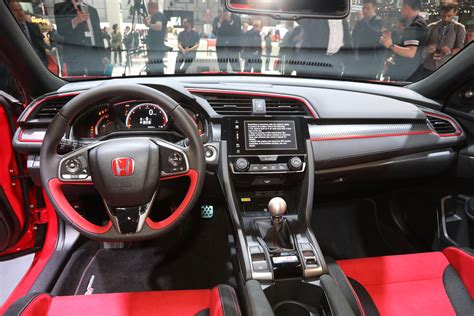 03 Honda Civic Interior by Honda Civic Type R Goes On Sale In Late Motor Trend