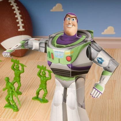 Buzz Lightyear Papercraft - 1000 images about pixar crafts recipes on
