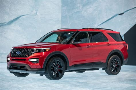 Ford Unveils The New 2020 Explorer by Ford Unveils Gt500 2020 Explorer And Tech At Day 1 At