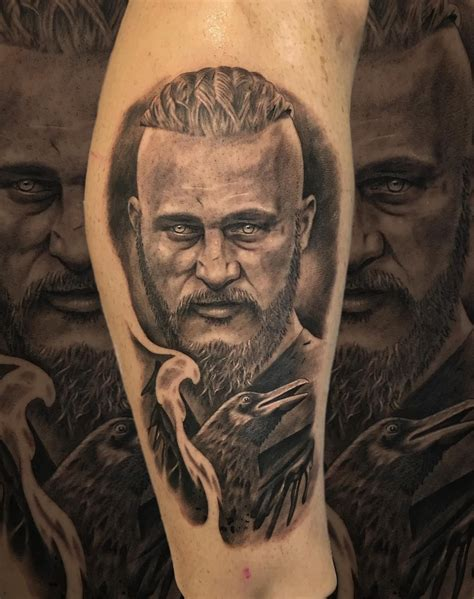 ragnar lothbrok dragon tattoo ragnar lodbrok vikings vikingos tattoo ragnar