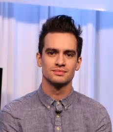 brendon urie brendon urie pictures panic at the disco visits music