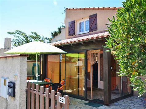 Veranda Vorm Haus by Ferienhaus Begos Pyr 233 N 233 Es Orientales Mittelmeerk 252 Ste