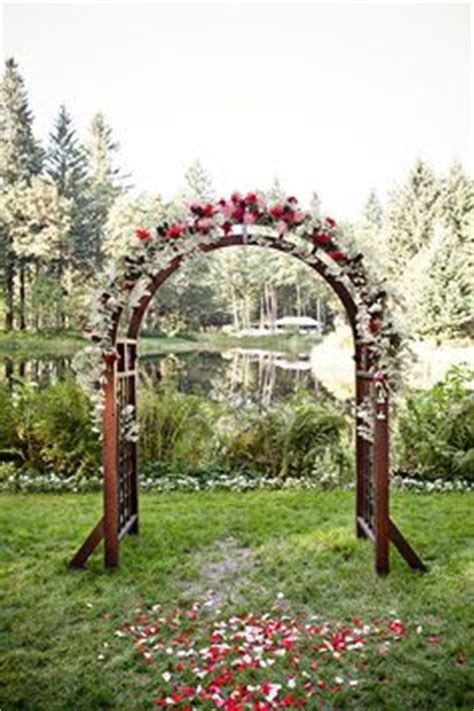 Wedding Arch Construction by 1000 Images About Altar Decoration Ideas On