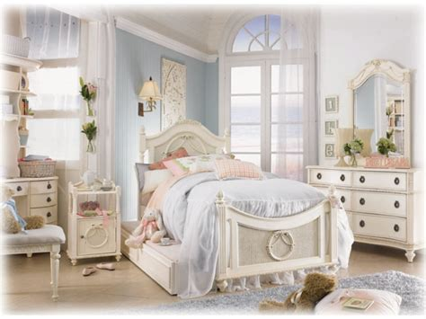Vintage Bedroom Makeover Ideas by White Vintage Bedroom Furniture Cheap Bedroom Makeover