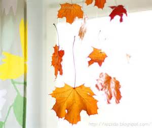 30 cool ways to use autumn leaves for fall home d 233 cor digsdigs