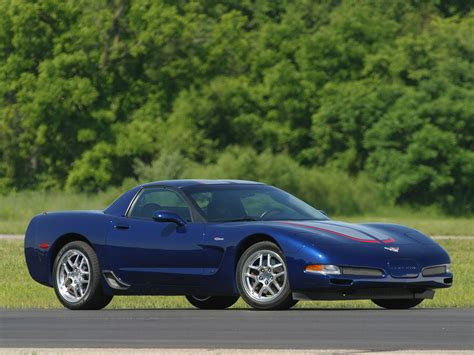chevrolet corvette  commemorative edition front