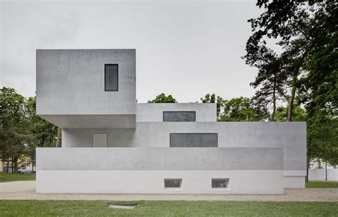 master homes bauhaus reinterpreted not reconstructed in dessau uncube