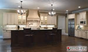 Kitchens With Antique White Cabinets Antique White Kitchen Cabinets Using Teak Wood Material