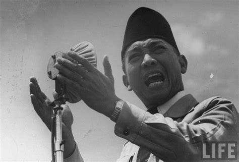 Pjob Bung Karno kata mutiara bung karno pena soekarno