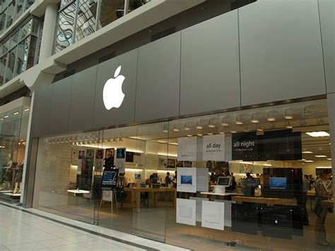 apple store opening in winnipeg access winnipeg