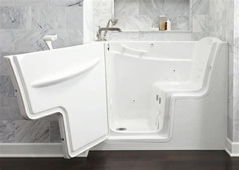Badewannen Mit Einstiegstür by 55 Prima Vorschl 228 Ge F 252 R Badewannen Mit T 252 R Archzine Net