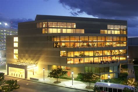 about the lied center for performing arts performing