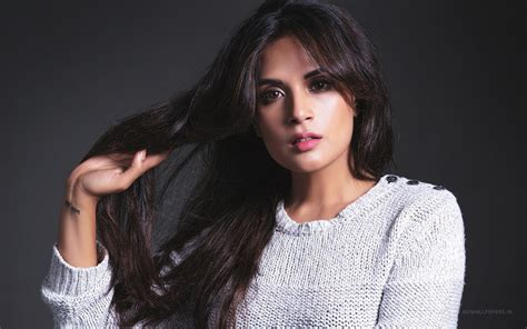richa chadda pakistan richa chadda indian actress wallpapers hd wallpapers