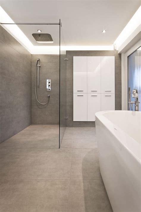 glastrennwand für dusche chestha badezimmer hell idee