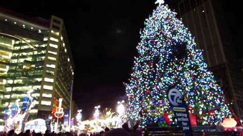 downtown detroit christmas tree lighting ceremony youtube