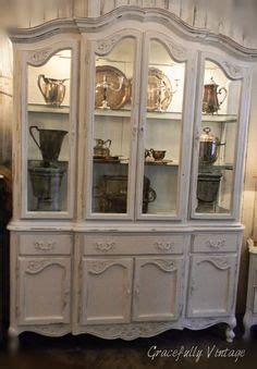 french provincial china cabinet craigslist 1000 images about all things french provencial on