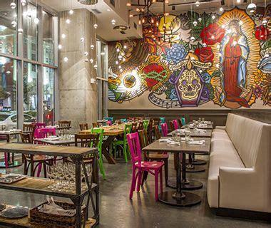 decorar una lara de techo 25 best ideas about restaurant mexicano on