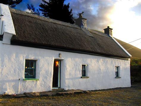 haus irland mieten quot roads cottage quot in kells dingle bay ferienwohnung in