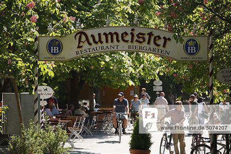 Englischer Garten Aumeister by Deutschland Bayern M 252 Nchen Menschen In Aumeister