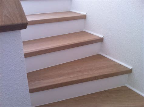 Treppenstufen Holz by Treppenstufen Aus Holz Treppenstufen Holz Auf Metall