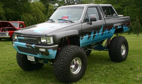 blunabagpreg jacked up trucks