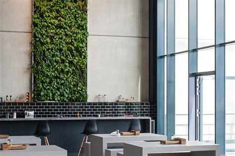 live panel vertical garden wall decoration from freund