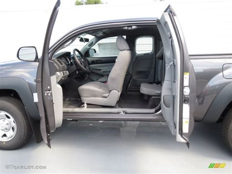 Toyota Tacoma 2013 Interior by Graphite Interior 2013 Toyota Tacoma Access Cab 4x4 Photo 70342659 Gtcarlot
