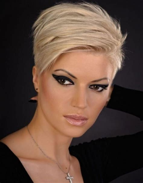 short trendy haircuts for defined noses pictures of short hairstyles woman hairjos com