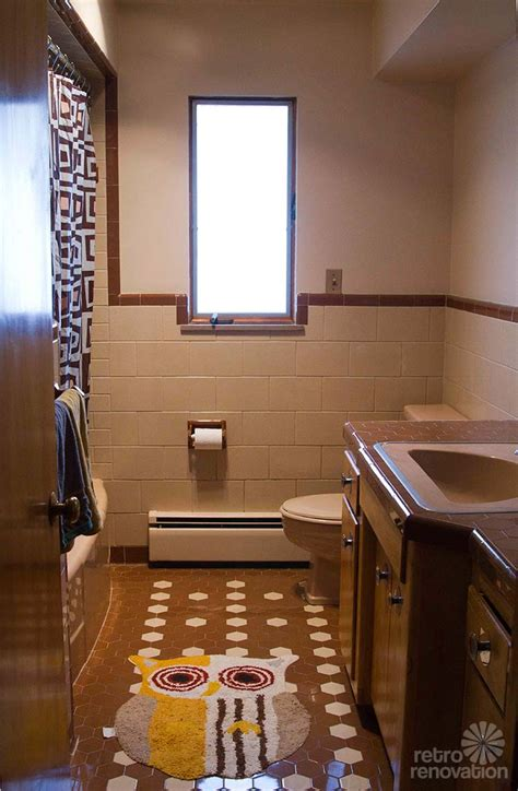 retro design dilemma frank wants help decorating his brown and beige tile bathroom retro