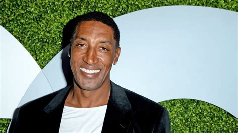 Homes With 2 Master Suites by Nba Hall Of Famer Scottie Pippen Selling 3 1m Il Mansion
